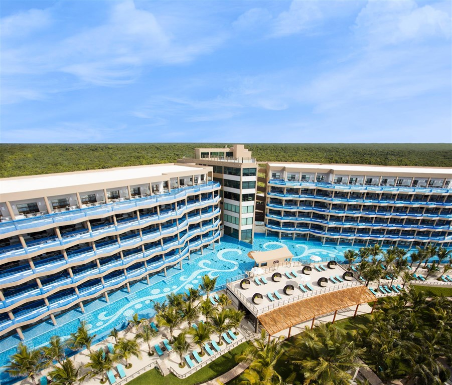 El Dorado Seaside Suites -
