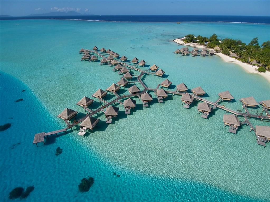 Intercontinental Le Moana Bora Bora Resort - ostrov Bora Bora