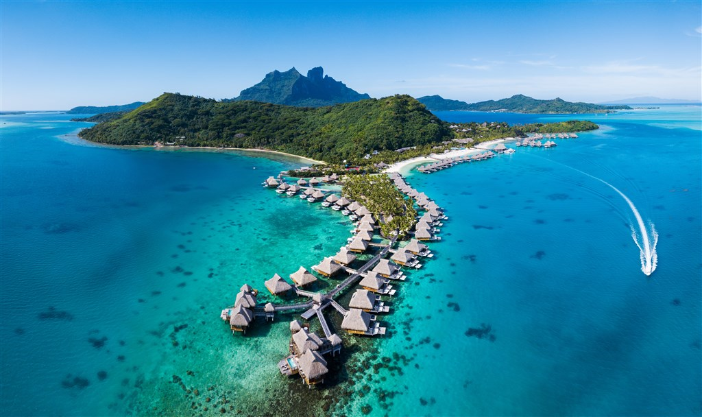 Conrad Bora Bora Nui Resort & Spa - ostrov Bora Bora - Salvador