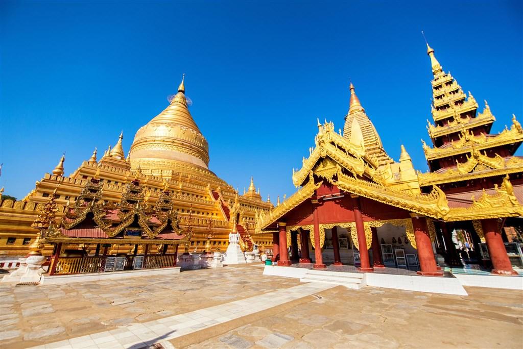 Barmou a Kambodžou - Čína