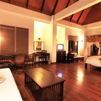 Royal Lanta Resort Koh Lanta - pool view suite - ckmarcopolo.cz