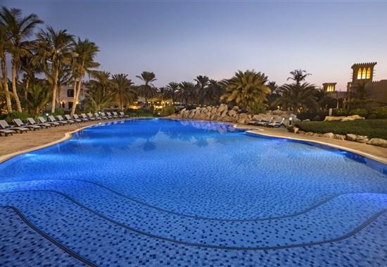 Hilton Al Hamra Beach & Golf Resort Ras Al Khaimah - Spojené Arabské Emiráty - hlavní bazén