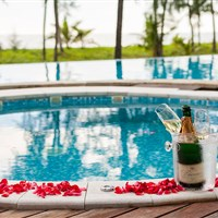 The Haven Khao Lak - ADULTS ONLY - Oceanfront Jacuzzi Villa - jacuzzi na terase - ckmarcopolo.cz