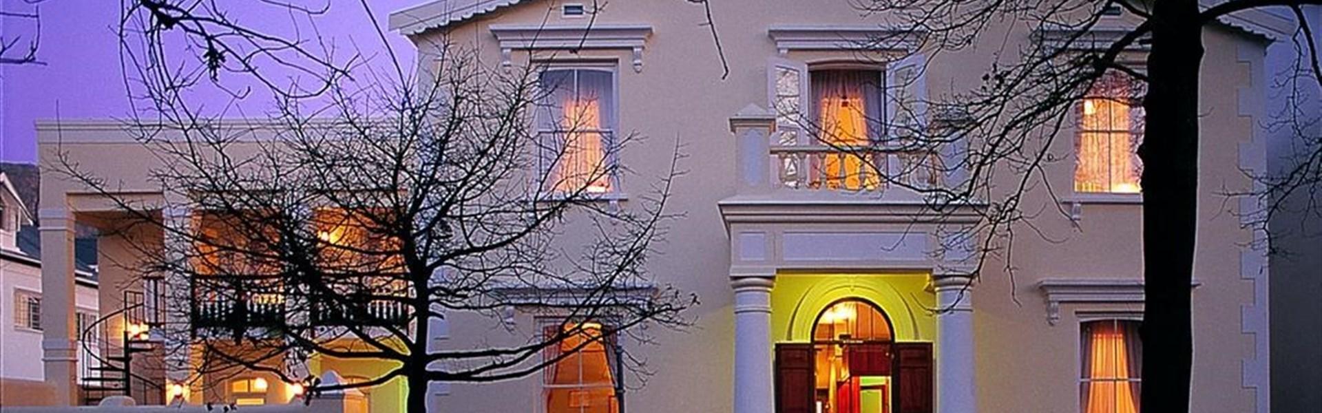 Marco Polo - Eendracht Stellenbosch - Eendracht Stellenbosch je rekonstruovaná historická budova nedaleko centra Stellenbosche.