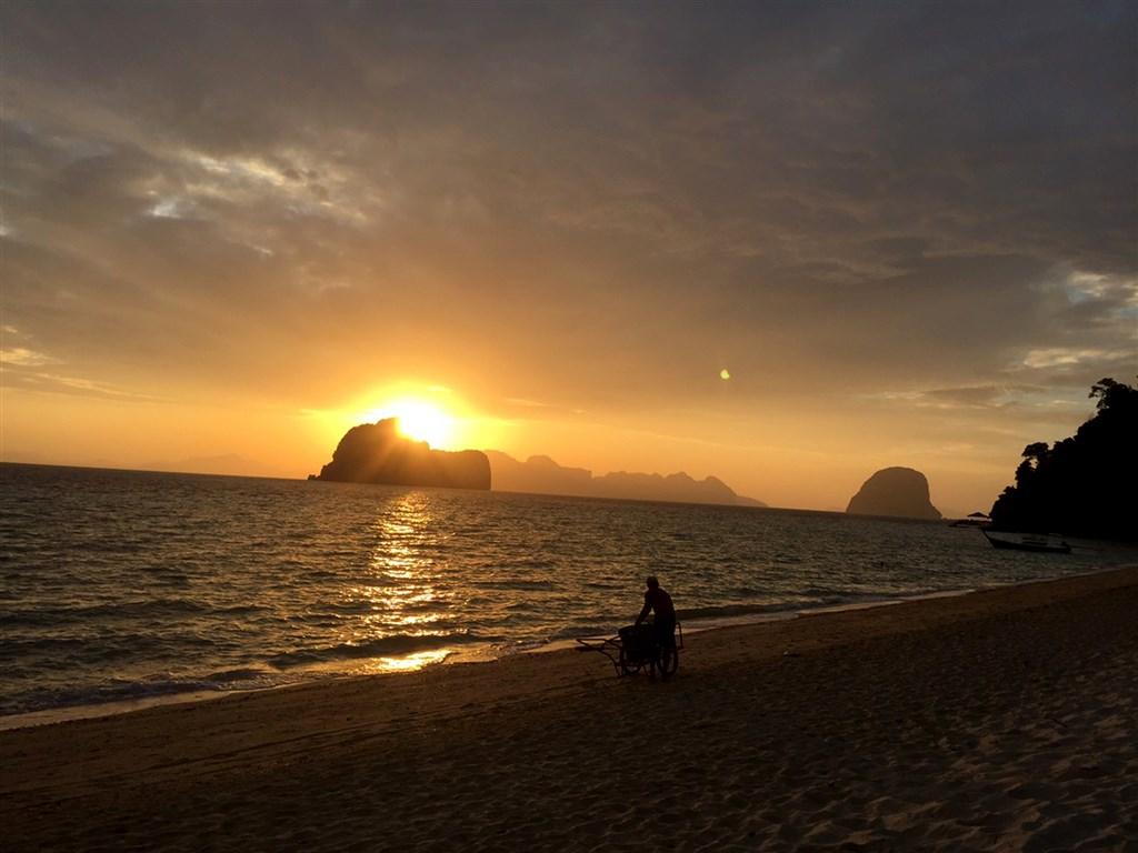 Kurz tantry a tantrické masáže v tropickém ráji na ostrově Koh Hai - Asie