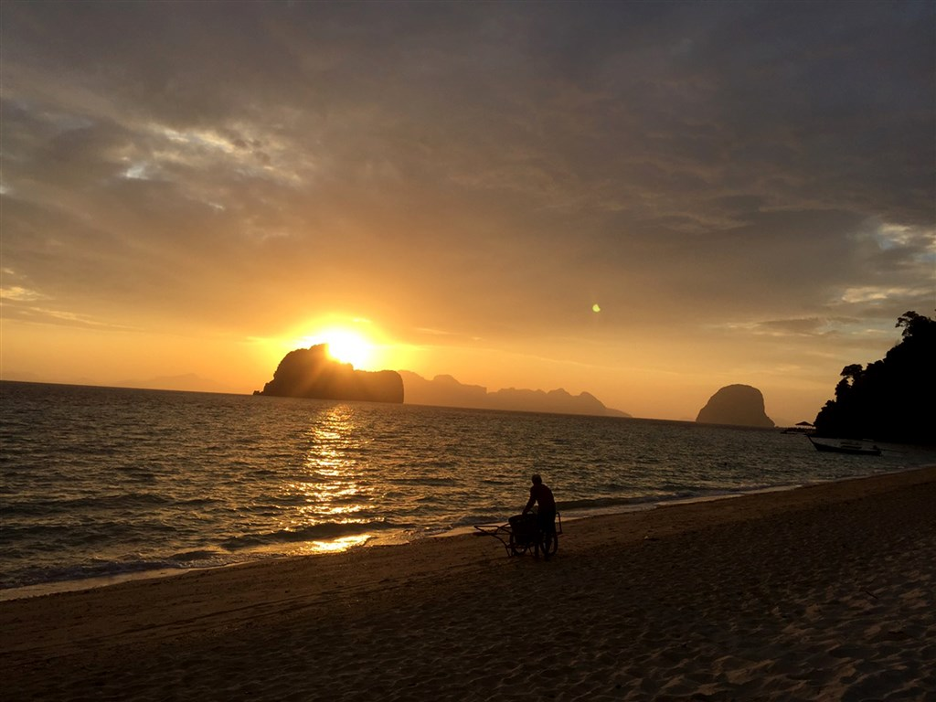 Kurz tantry a tantrické masáže v tropickém ráji na ostrově Koh Hai -