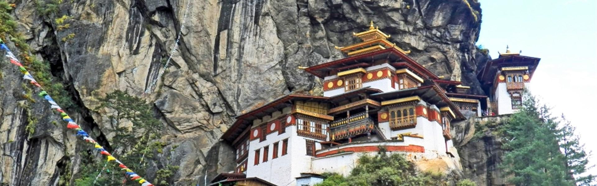 Bhútán - poslední Shangri La