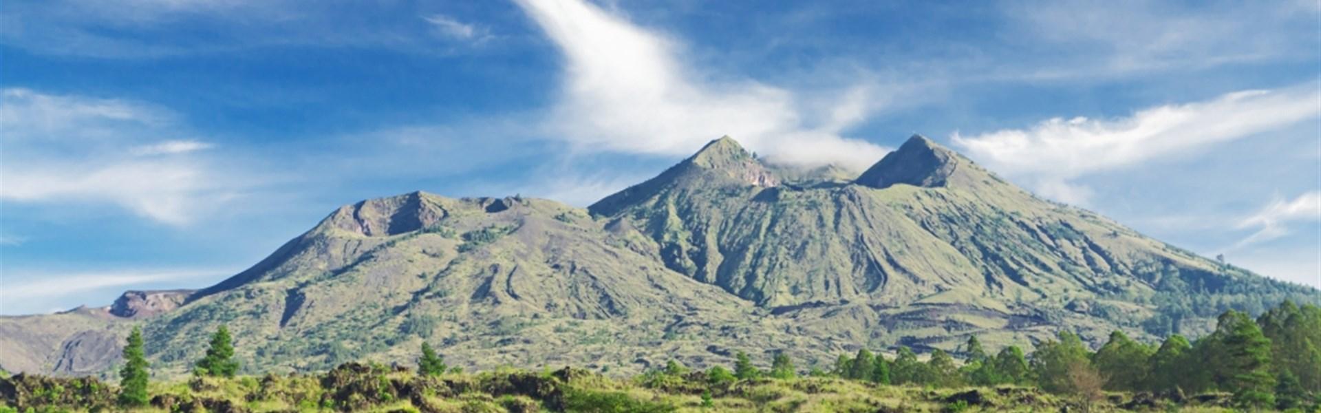 Nádherné Bali s pobytem u moře - sopka Batur