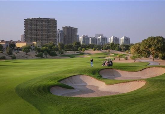 Golf v Dubaji -  -