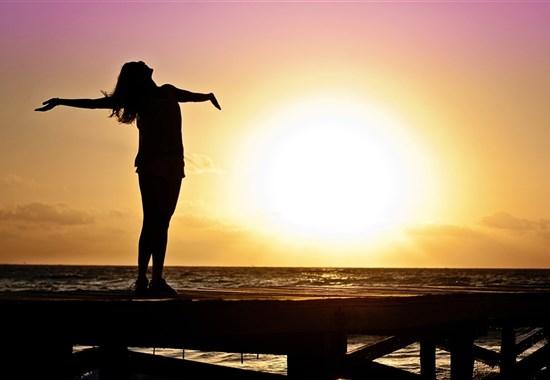 Jóga ve Francii -  kurz hormonální jógy - s českou lektorkou - Evropa - Kurz Hormonální jógové terapie