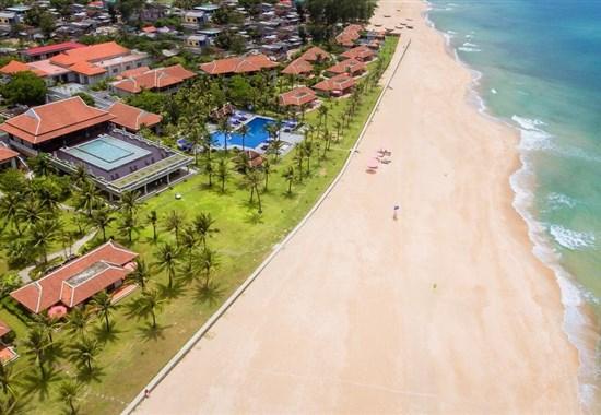 Zájezd k moři - Hue - Ana Mandara Resort -  - Vietnam - Hue - Ana Mandara - pláž.jpg