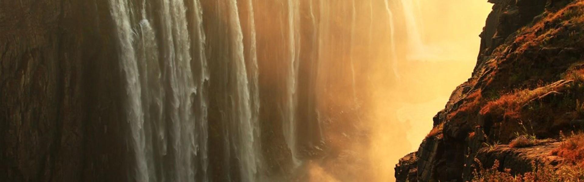 Prodloužení zájezdů do JAR - Viktoriiny vodopády - Viktoriiny vodopády s Marco Polo