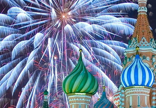 Luxusní Silvestr v Moskvě - Rusko - Ohňostroj nad chrámem Vasila Blaženého