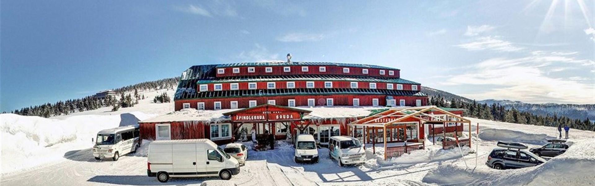 Hotel Špindlerova Bouda - zima -