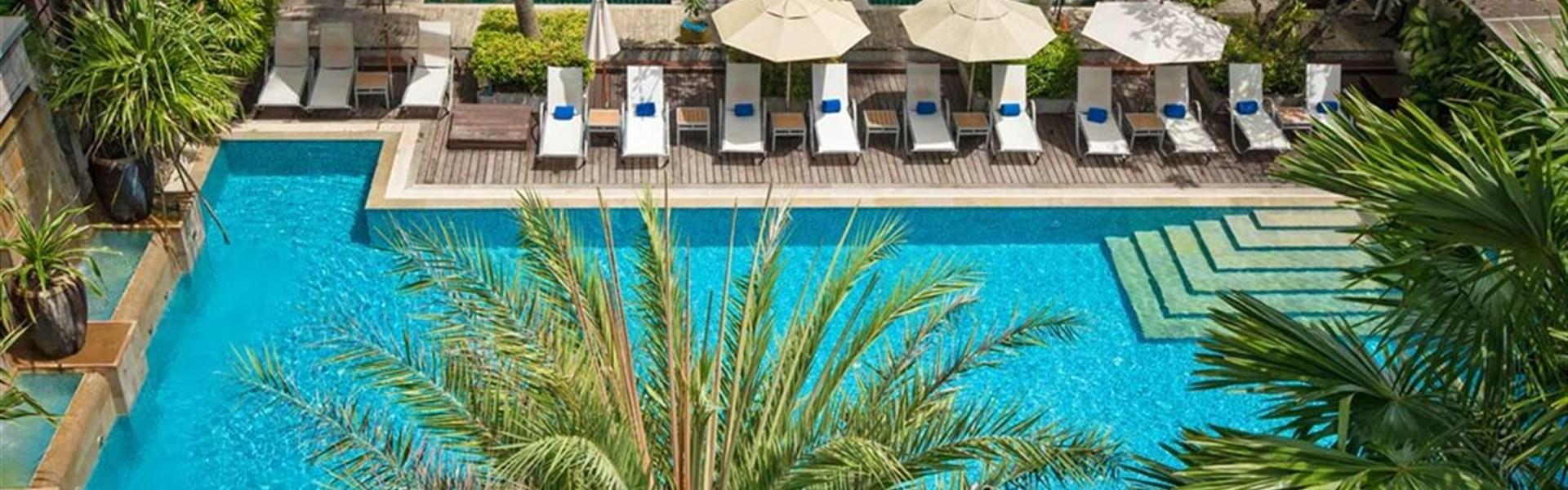 Burasari resort and spa Phuket - bazén