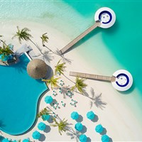 Kandima Maldives 5* - beach club - ckmarcopolo.cz