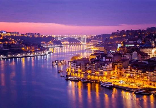 Dámská jízda: prodloužený víkend v portugalském Portu -  -