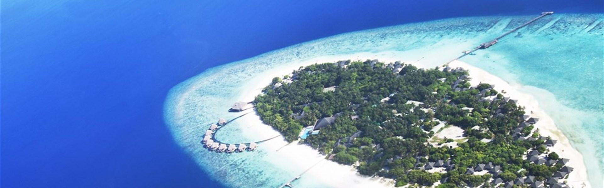 Marco Polo - Adaaran Select Meedhupparu - adaaran select meedhupparu_pohled z dronu
