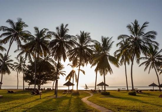 Safari v Keni v Tsavo East a pobyt u moře v Neptune Village - Afrika
