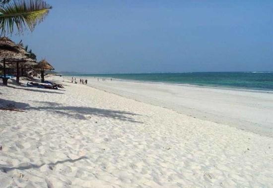 Jacaranda Indian Ocean Beach Resort 4* - polopenze - Keňa -