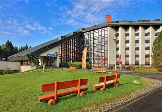 Wellness Hotel Svornost - léto - Česká republika