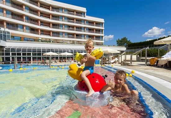 Hotel Livada Prestige (Terme 3000) - léto 2021 - Slovinsko -