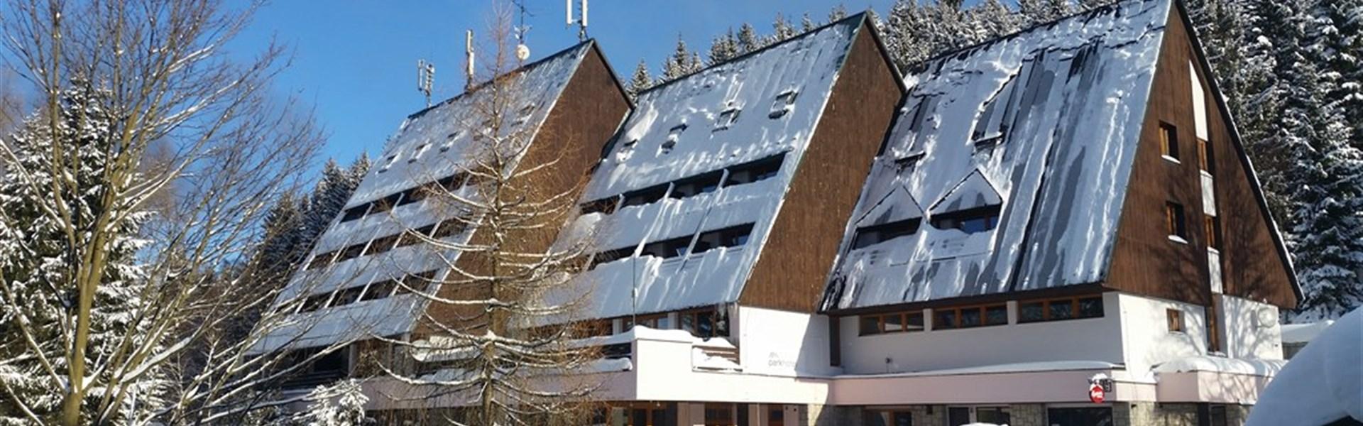 Parkhotel Harrachov - zima -