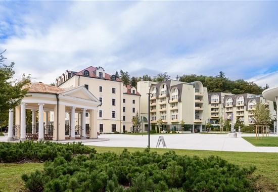Grand Hotel Sava/Lux a Hotel Zagreb - Rogaška Slatina -