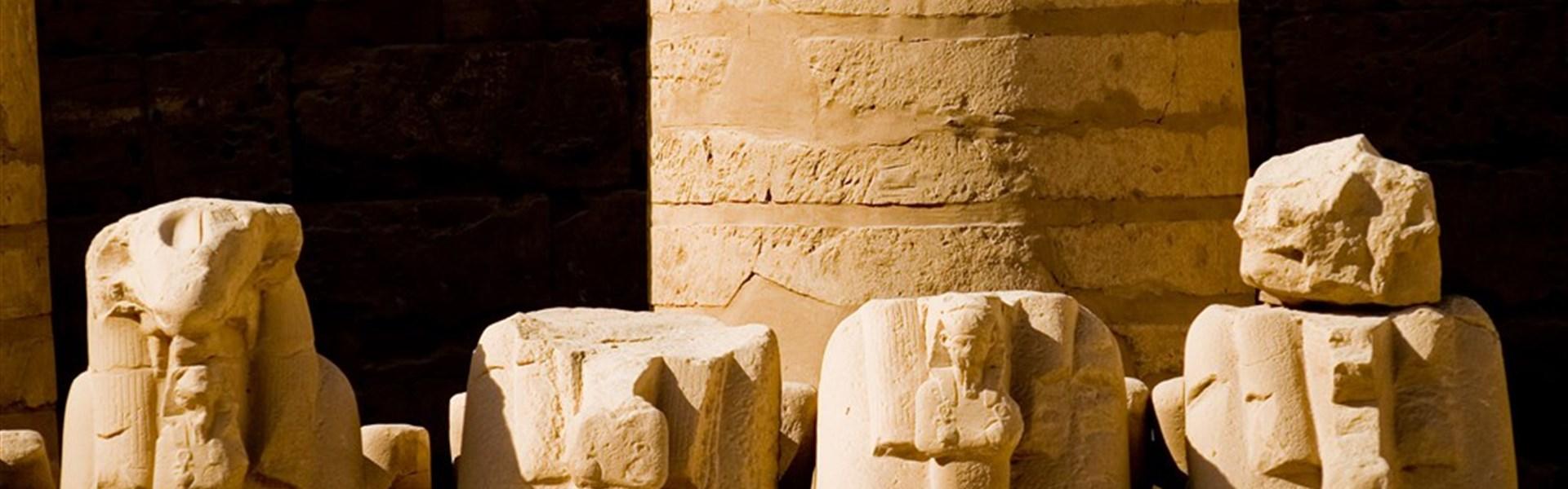 Plavba po Nilu s česky mluvícím průvodcem a pobyt u moře - chrám Karnak