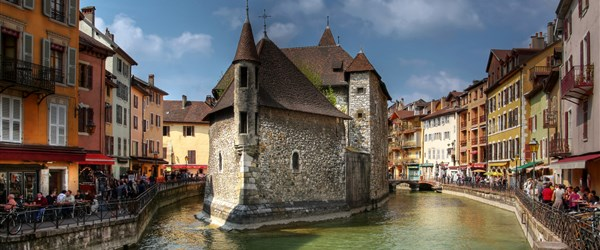 Francie -